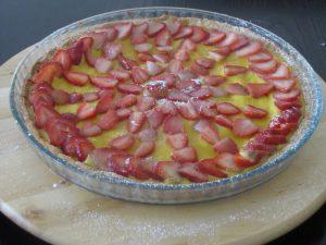 strawberry creme anglaise tart